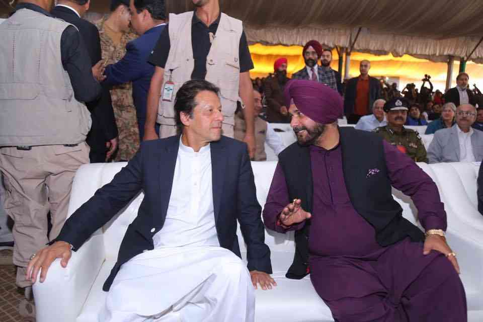 pakistan inaugrate kartarpur corroidor, but not easy to trust our neighbour - Satya Hindi