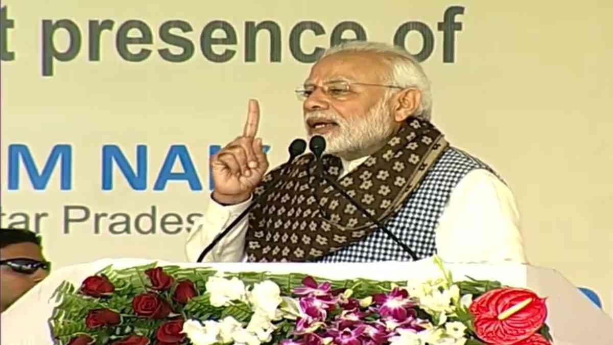 Gadkari revolting against Modi or positioning himself before 2019 polls - Satya Hindi