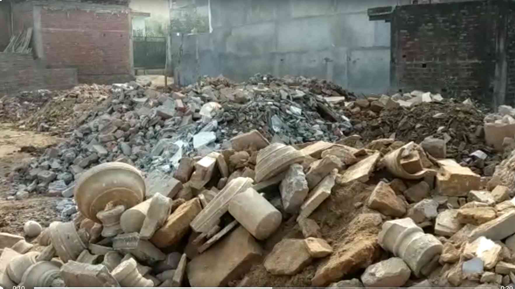 lanes of benaras is being demolished but these are the lifeline of kashi  - Satya Hindi