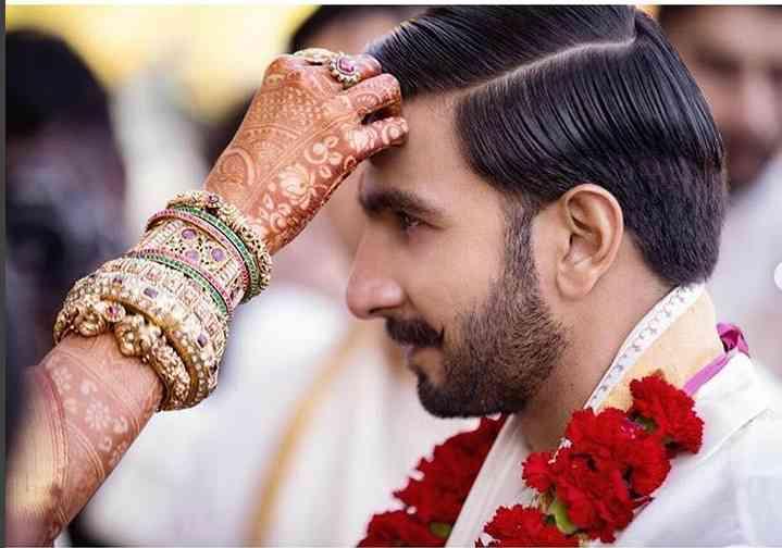 More pix of Deepika and Ranveer - Satya Hindi